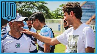 """El delantero del Cruz Azul, viajó a Cancún para visitar a su padre el """"Chaco"""", ahora entrenador del Cancún FC"""