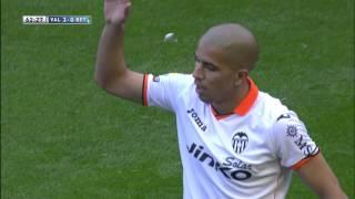 Golazo de Feghouli (3-0) en el Valencia CF - Real Betis