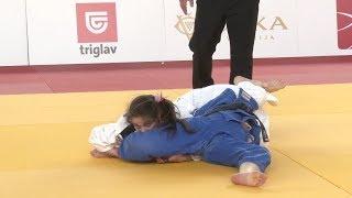 women judo sankaku 52