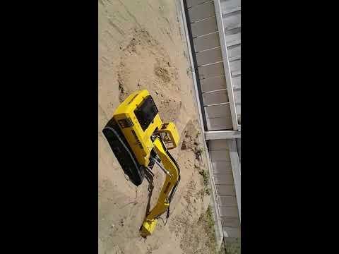 Komatsu rcbrmin 1/12 komatsu excavator