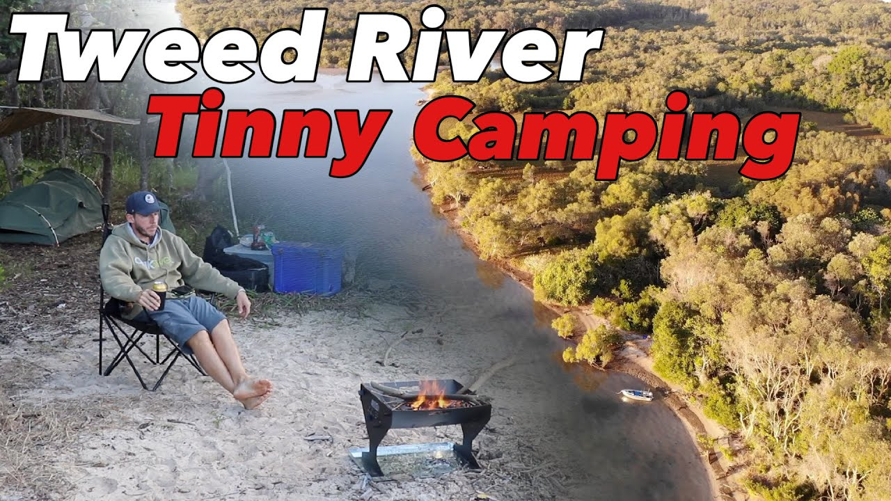 TINNY CAMPING THE TWEED RIVER 🚤 - Testing out my new fire pit 🔥