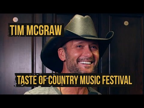 Tim McGraw Gushes on Tracy Lawrence Before 2015 Taste of Country Music Festival Set