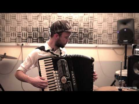 # 520 Lonesome Leash - Ghosts (Acoustic Session)