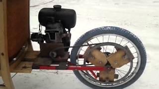 Rower trójkołowy z silnikiem od kosiarki
