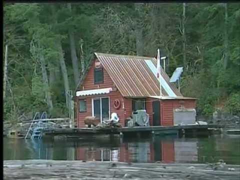 Human remains found at bottom of lake
