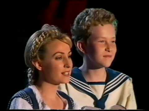 Lisa McCune & Martin Sacks 'Carols in the Domain 1999'