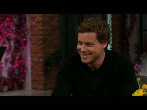 Greg Poehler om nya säen av Welcome to Sweden  Vardagspuls TV4