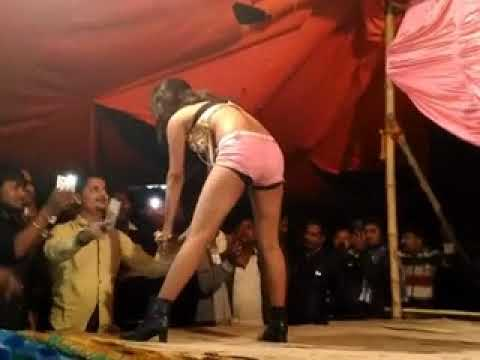 Indian girl desi nanga dance