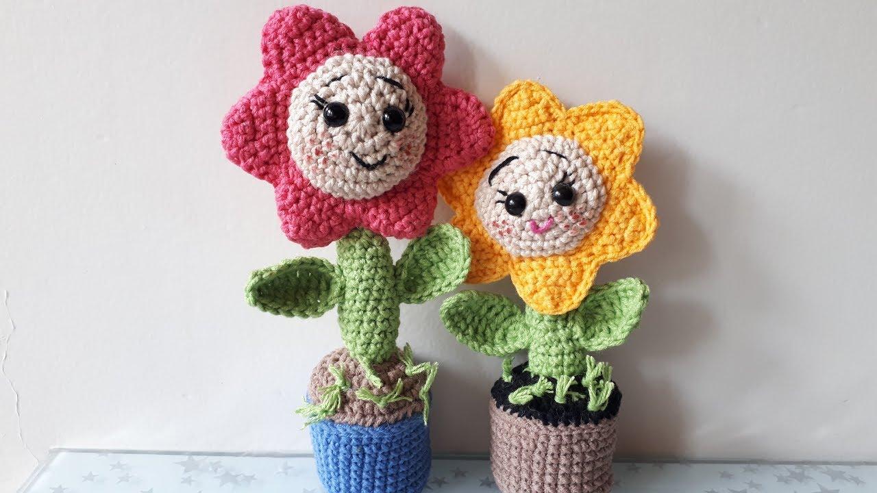 AMİGURUMİ SAKSIDA ÇİÇEK YAPIMI(Crochet making flower in flowerpot)