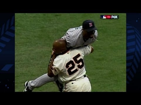 Torii Hunter robs Barry Bonds of All-Star Game home run