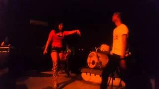 UUT SELLY & TETE GALAGA - Edan Turun Live Nevada Cafe