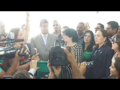 Ministra Damares Alves ressalta a importância do cuidado com os idosos em Feira de Santana