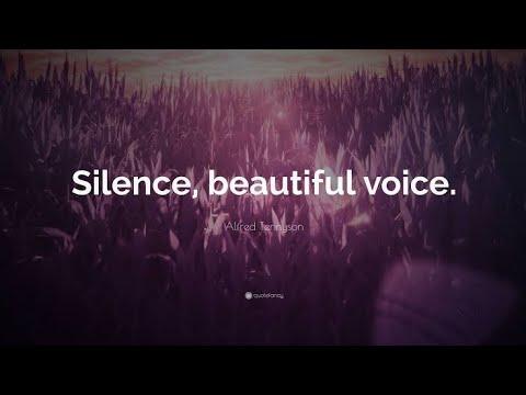 بچپن سے صرف آواز ہی سنتے آ رھے ھیں۔ آج ویڈیو بھی دیکھ لیں۔😍😍