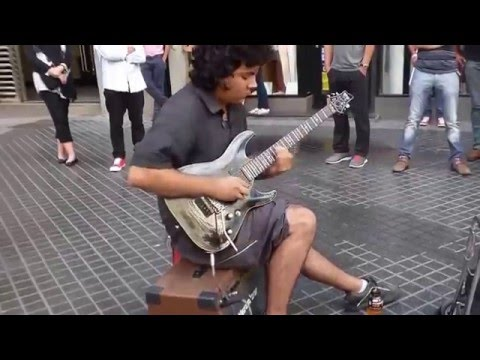 Уличный музыкант Scorpions