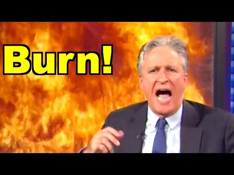 Jon Stewart Burns Fox News Hypocrisy on Supposed Secret Meetings with Pres Barack Obama!