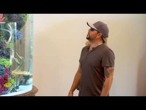 Muss - Jason Aldean Building A New House - Leaving His Fish Tank
