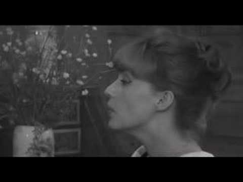 jeanne moreau le tourbillon de la vie in jules et jim youtube. Black Bedroom Furniture Sets. Home Design Ideas