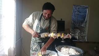 Как чистить тандыр. Шашлык в мацуне.How to clean  Tandoor oven.Shish kebab in matsun