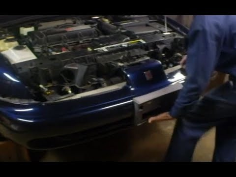 How to Remove the front bumper on a Saturn S-Series car