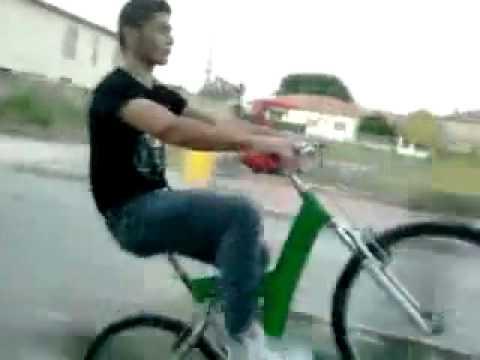 Grazzanise impennata con la pininfarina youtube for Bici pininfarina peso
