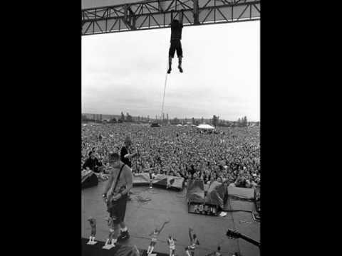 Pearl Jam - Daughter live 1998