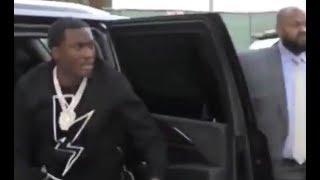 Meek Mill CLOWNS Safaree After Getting Jumped Calls Him Homeless