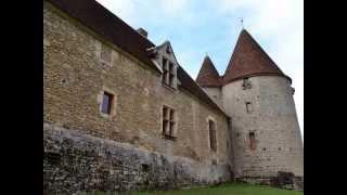 CHÂTEAU DE LA MOTTE en Nièvre de Bourgogne Franche comté sur webcroqueur.fr