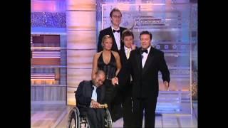 Ricky Gervais e il cast di The Office ai Golden Globe 2004 (sub ita)