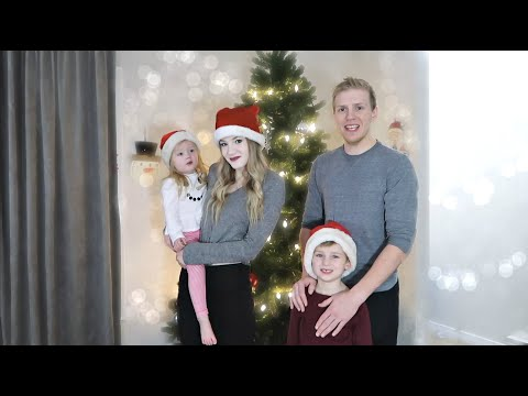Putting The Christmas Tree Up! (HILARIOUS)