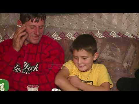Top Channel/ Me 7 fëmijë mes bjeshkëve. Familja që jeton në Lëpushë, pa internet dhe pa tv