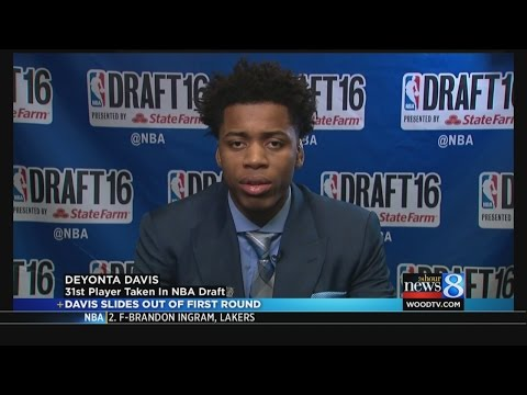 Deyonta Davis slides out of first round