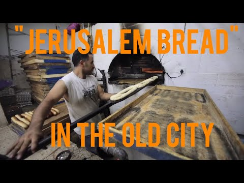 """Giving Fresh Bread to the Poor of Jerusalem's """"Old City"""""""