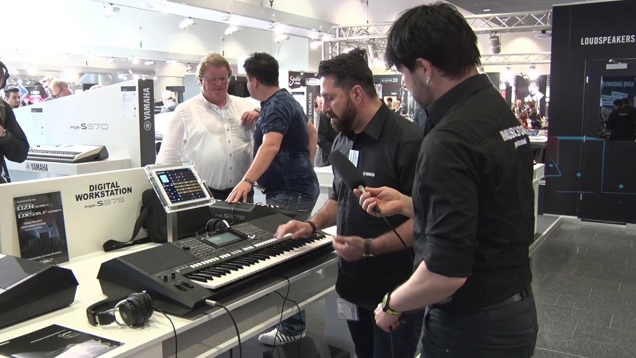 yamaha psr s975 digital keyboard workstation musikmesse prolight sound 2018 english youtube. Black Bedroom Furniture Sets. Home Design Ideas