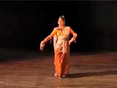 Darshana Jhaveri's Manipuri Dance Video