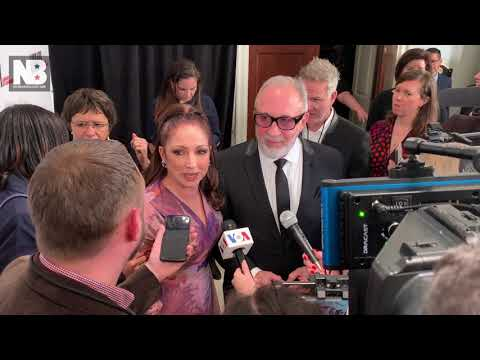 Gloria Estefan Reacts to College Admissions Hollywood Scandal Mp3