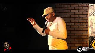 Marcus Shakes at riddles comedy club