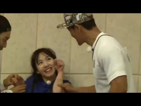 160605 TWICE Nayeon cute aegyo to jongkook 'Running man Ep. 302'