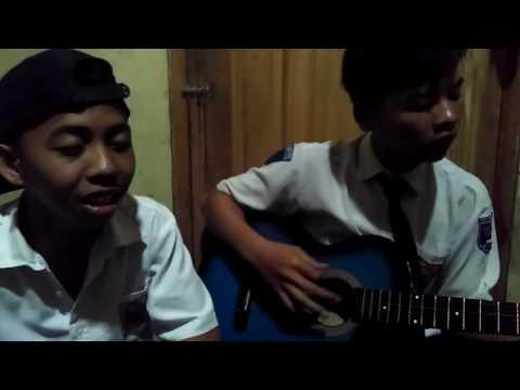 Anak smp main gitar lagu cassandra cinta terbaik keren banget dan lucu