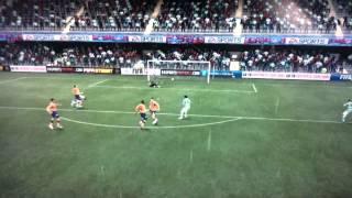 Comment faire la balotelli spin/FIFA12