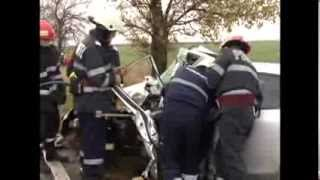 Un mort si trei raniti in urma unui accident pe drumul Timisoara-Arad