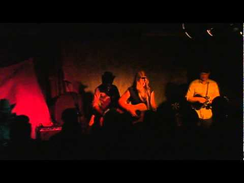 Zoe Muth & The Lost High Rollers
