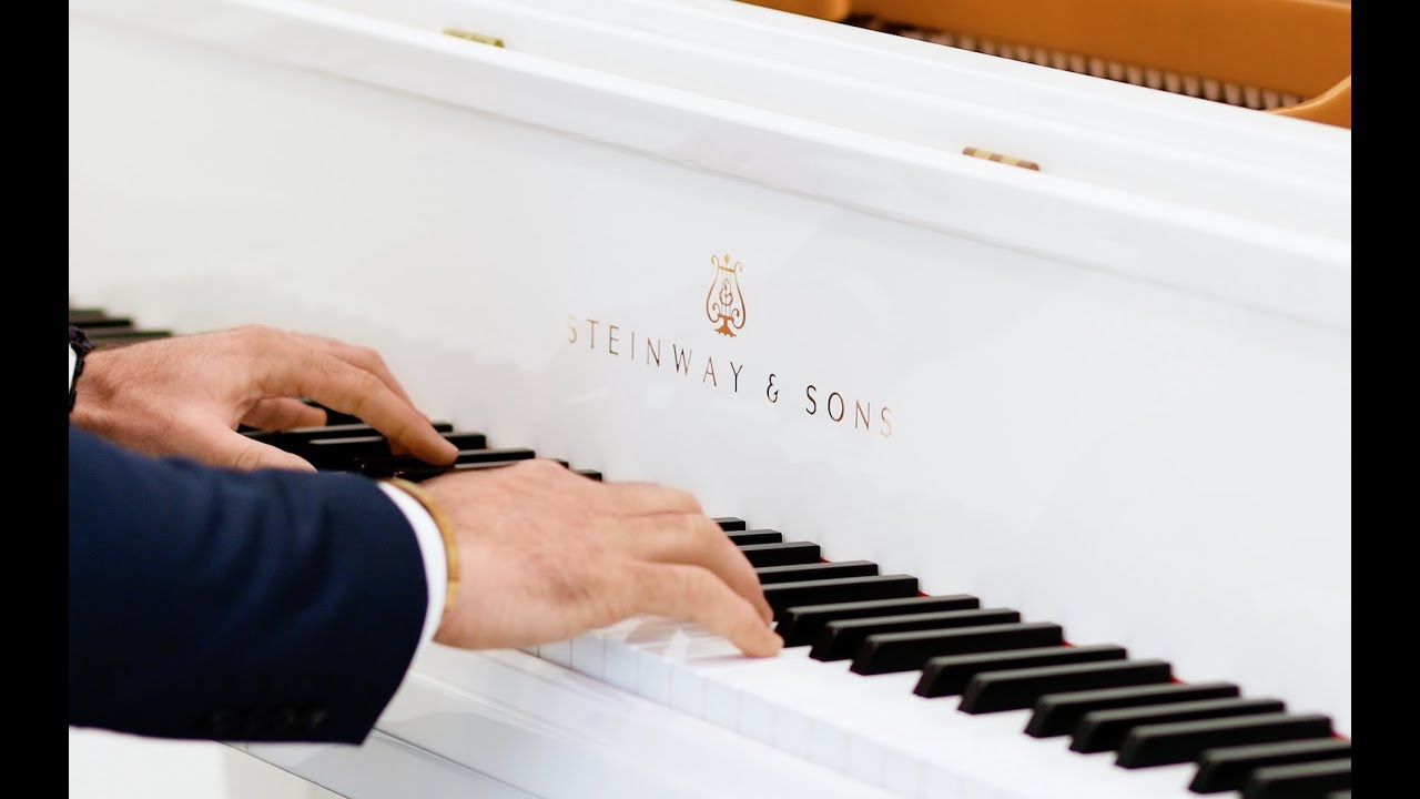 Jesus Rodolfo plays John Williams, White Steinway&Sons Piano