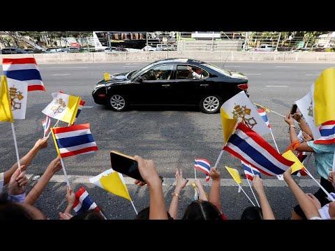 Papa Francisco inicia périplo asiático na Tailândia
