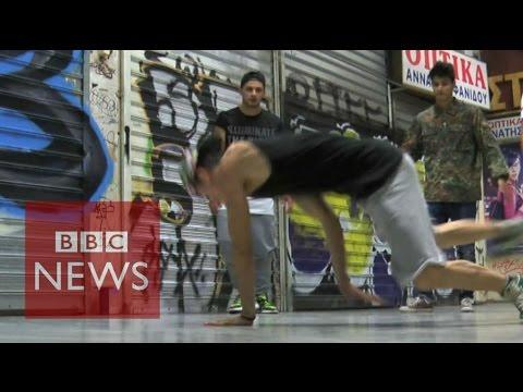 Greek voices from the underground - BBC News