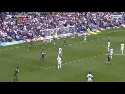 Leeds United (1 v 0) Middlesbrough: Extended Match Highlights