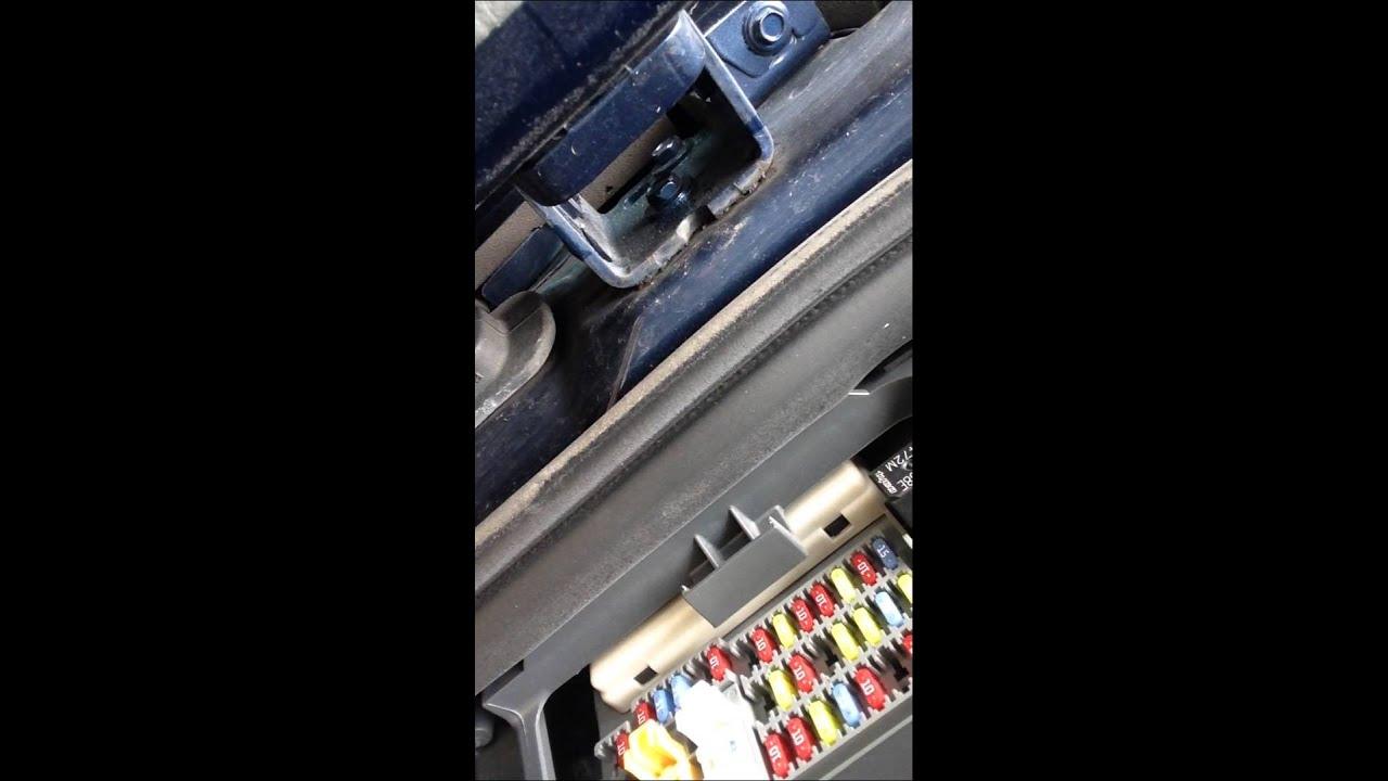 2005 jeep fuse box