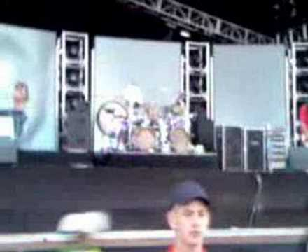 download festival 2006 tool playing schism