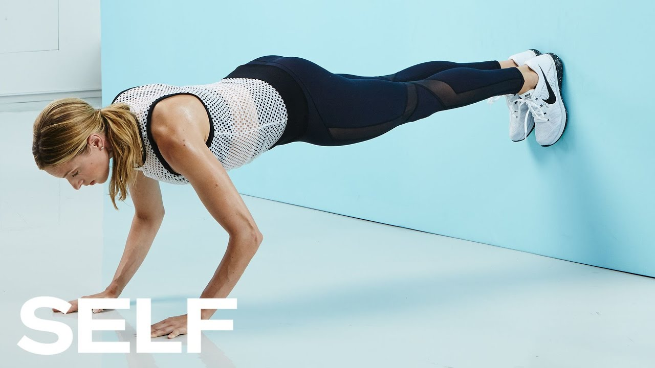 Health & Fit: This Is the Lower-Body Move Karlie Kloss Does for