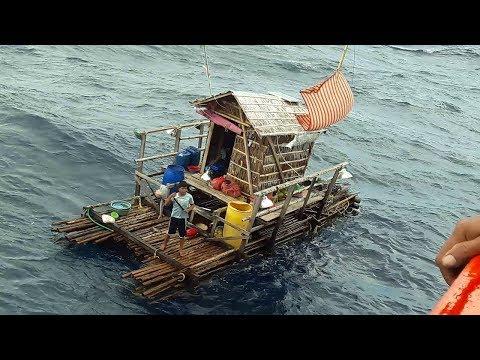 كيف نجا هذا الشاب وحيدا في البحر لمدة 49 يوما - قصة حقيقية لا تصدق  - نشر قبل 4 ساعة