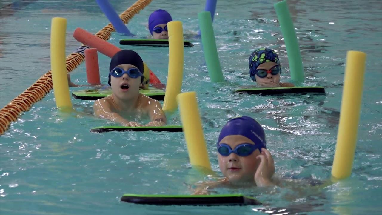 8 priežastys, kodėl plaukimas – geriausias sportas svoriui mesti | sweety.lt
